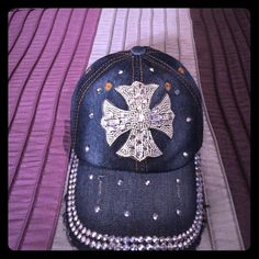 Diamond Cross Denim Baseball hat, Adjustable fit Diamond Bling Cross Denim Baseball hat with adjustable strap to fit any size. 100% Cotton. Never worn, excellent condition! Really Cute ⚾️ Accessories Hats