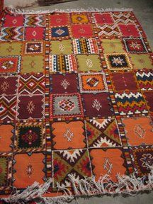 <3 marrocan rugs
