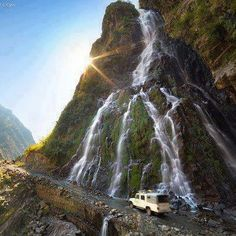 HUNZA VALLEY, we the pakistanies are also like this shining and amazing