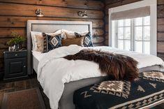 Luksuriøs sengeløsning med utmerket komfort Furniture, Home Decor, Interior Design, Home Interior Design, Arredamento, Home Decoration, Decoration Home, Interior Decorating