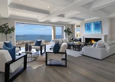 Beach House Design-Brandon Kindesign Source Related posts: Southern California beach house with a fresh take on casual decor Southern. Coastal Living Rooms, Coastal Homes, Home Living Room, Living Area, Coastal Cottage, Style At Home, Beach Cottage Style, Beach House Decor, Coastal Style