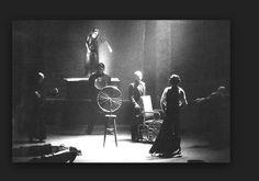 Beckett/ All strange away