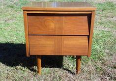Vintage Mid Century Modern Ward Walnut Nightstand End Table Chest of Drawers #MidCenturyModern #Ward