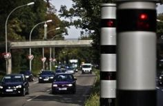Wird es in der Zukunft möglich dass in jedem Autohaus Radarwarner gegen Radarfallen verkauft werden? Auch bei Volkswagen? Diese Frage ist nicht so fremd, weil seit einigen Monaten gibt es ein Radarwarner bei Autohaus Dromas (Auto Dromas). Auto Dromas hat lange gesucht nach mehr Diensten und Produkten um ihre Kunden zu binden. Radarwarner bei Auto … Ein Radarwarner im jedem Autohaus! Wird dass die Zukunft? weiterlesen