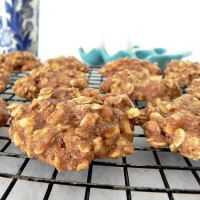 Clean Eating Spiced Apple Oatmeal cookies are the perfect treat for after school or just because. Easy, healthy, fresh cookie recipe.