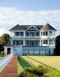Coastal Home With Infinity Pool in Isle of Palms, South Carolina | Cool Houses Daily