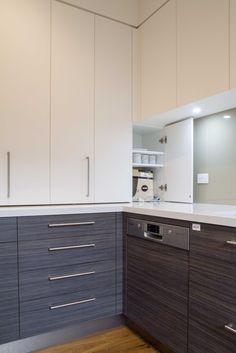 Modern kosher kitchen with scullery/butlers pantry. www.thekitchendesigncentre.com.au @thekitchen_designcentre