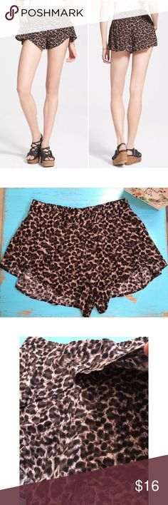 "🌷Free People Extreme Crossover Leopard Shorts Excellent Pre-loved Condition! Womens Rayon Extreme Crossover Brown Leopard Print Shorts by Free People   Retails for $78 Size: Women's Small Measured laying down flat: 10.5"" long in front, 14"" long in back, 15"" across waist Material: 100% Rayon Description: Elastic waist band, front slash pockets, crossover detail on the side to the front, very light weight Free People Shorts"