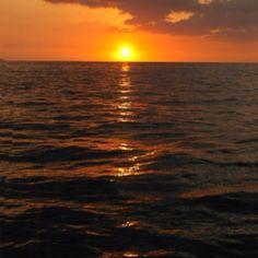 Hawaiian sunset from Hawaii Tours