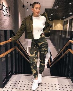 50 Fabulous Streetwear Outfit Ideas That Will Make You A Trend Setter - Style O Check Casual Outfits, Fashion Outfits, Womens Fashion, Cheap Fashion, Glam Look, Outfit Goals, Fall Winter Outfits, Fashion Killa, Street Wear