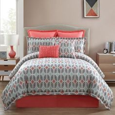 Brighten up your bedroom with the lively Clairebella Bermuda Comforter Set. The unique jacquard bedding uses an allover leaf-like pattern in a mix of grey, light blue, and a soft coral color to add a pop of color to your bed. Grey Comforter, Queen Comforter Sets, Bedding Sets, King Comforter, Blue Gray Bedroom, Grey Bedroom With Pop Of Color, Bedroom Colors, Bedroom Decor, Bedrooms
