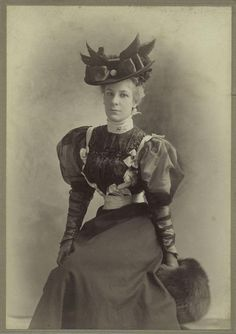 :::::::::: Antique Photograph ::::::::::  Elegant woman in a fashionable dress, hat and muff.  c. 1890 <--------