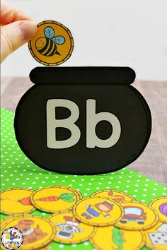 Are you looking for an engaging St. Patrick's Day literacy center or morning tub? This Pot of Gold Beginning Sound Sort Activity is a hands-on way to practice identifying initial sounds. Your preschoolers or kindergartners will have fun sorting and matching the beginning sounds to the letter and filling the pot with gold coins. Click on the picture to learn more about this St. Patrick's Day activity! #stpatricksdaybeginningsoundssort #stpatricksdayliteracycenter #stpatricksdayactivity