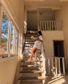 house and home Diy Foto, Poses Photo, Summer Aesthetic, Beige Aesthetic, Summer Vibes, Future House, In This Moment, Architecture, Design