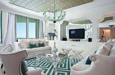 interior design im hollywood stil türkis wohnzimmer idee