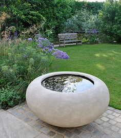 Why You Should Invest In Simple Water Features For Your Home Garden – Pool Landscape Ideas Stone Water Features, Small Water Features, Outdoor Water Features, Water Features In The Garden, Garden Features, Modern Water Feature, Backyard Water Feature, Concrete Planters, Garden Planters