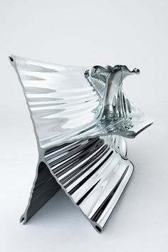 Futuristic Furniture, Aluminium Extrusion Bench | Heatherwick Studio