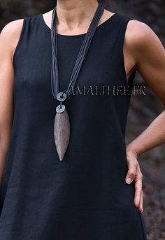 Natural jewelry : tropical seedpod necklace