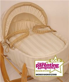 Kiddicare Baby Weavers Butterscotch Palm Moses Basket - Best Moses Basket or Crib (Gold) Practical Parenting, Parenting Plan, Foster Parenting, Good Parenting, Parenting Hacks, Co Sleeping Cot, Pregnancy Magazine, Bedside Crib, Co Sleeper