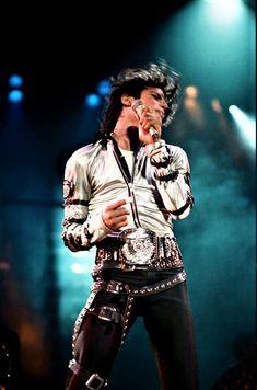 BAM! MJ FAM!! ♥