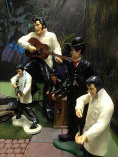Elvis ja Chaplin esiintyy yhdessä Kivapihalla