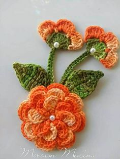 Irish Crochet Flower PATTERN PDF, Realistic Pansy Photo Tutorial, Spring Flower Bouquet, Applique or Brooch - donut decor Crochet Flower Tutorial, Crochet Flower Patterns, Flower Applique, Crochet Motif, Crochet Designs, Crochet Doilies, Crochet Flowers, Crochet Stitches, Knitting Patterns