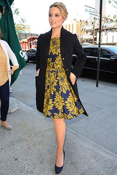 Two of my favorite things: Alice & Olivia dresses and Dianna Agron