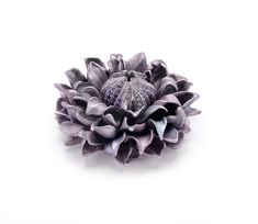 Hemmerle ´Clematis´ Brooch , sapphires, diamonds, aluminium, white gold. Photo courtesy of Hemmerle.