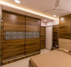 Wardrobe Laminate Design, Wall Wardrobe Design, Sliding Door Wardrobe Designs, Wardrobe Interior Design, Best Wardrobe Designs, Ceiling Design Living Room, Bedroom False Ceiling Design, Luxury Bedroom Design, Bedroom Closet Design