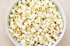 How to Make Colored Popcorn: A 10-Step Photo Guide: How to Make Colored Popcorn - Step One - Popcorn