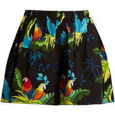 Marc Jacobs Parrot-print stretch-cotton shorts (145.905 CLP) ❤ liked on Polyvore featuring shorts, print shorts, patterned shorts, cotton stretch shorts, pleated shorts and marc jacobs shorts