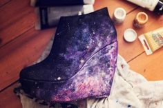 galaxy! can someone PLEASE tell me where you can get these shoes!?