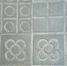 @piperleticianum @leticiabln Barcelona street tiles