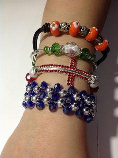pulseras variadas diseños propios de COLOR BEADS