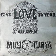 Awesome psychedelic Afrofunk goodness...  #sunkah #musi-o-tunya #afrofunk #pigletandtheogre pigletandtheogre@gmail.com