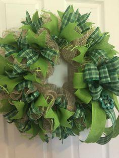 Ribbon Wreaths, Tulle Wreath, Deco Mesh Wreaths, Door Wreaths, Burlap Wreath Tutorial, Wreath Burlap, Spring Wreaths, Holiday Wreaths, St Pattys