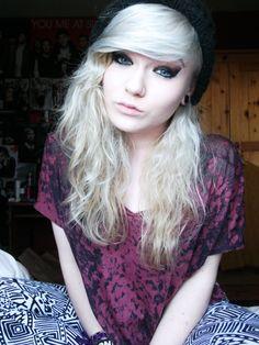 Platinum blonde teen girls