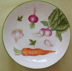 plato para ensalada pintado por Mara