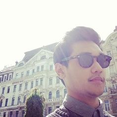 stay cool everywhere #afgan #kacamata @afgansyah_reza