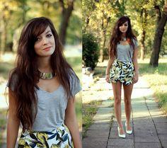 Shirt, Choies Skirt