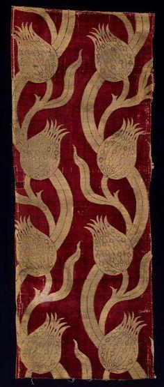 Textile fragment      Turkish, Ottoman, Last half of the 16th century       Turkey