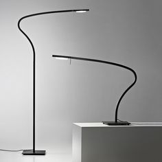 Prandina's creative philosophy has fulfilled criteria of simplicity and formal precision, functionality and lasting quality. Prandina's lamps are designed to break current trends and convention. Led Floor Lamp, Luminaire Design, Desk Lamp, Table Lamps, Designer, Flooring, Lights, Inspiration, Standing Lamps