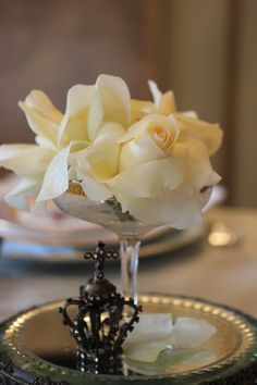 three simple white roses in crystal compote looks so elegant as table decor for an afternoon tea party. Paris Appartment, Diy Wedding Decorations, Table Decorations, French Christmas, Christmas Tea, Beautiful Evening Gowns, Formal Dinner, Afternoon Tea Parties, Rose Arrangements