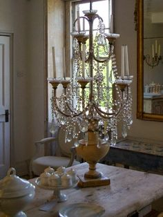 Eye For Design: Decorating With French Crystal Candelabras