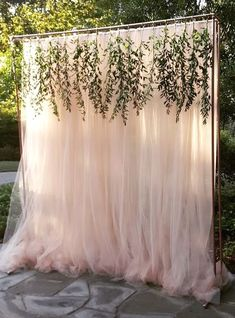 Minimalist Wedding Ceremony Backdrop For Modest Wedding Ideas 0034 You are in the right place about wedding ceremony decorations fireplace Here we offer you the most beautiful pictures about the weddi Wedding Ceremony Decorations, Bridal Shower Decorations, Backdrop Wedding, Birthday Decorations, Wedding Venues, Photo Booth Wedding, Arch Wedding, Outdoor Wedding Backdrops, Outdoor Ceremony