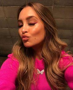 Carla Diaz, Selfie, Long Hair Styles, Instagram, Beauty, 1, Girls, Happy Mothers Day, Stickers