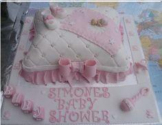 BABYSHOWER PILLOW CAKE