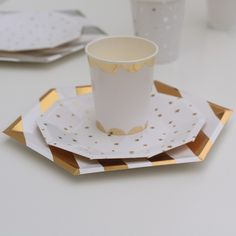 Gold Stripe Paper Plates (8 pack) - Pretty Little Party Shop - Stylish Party & Wedding Decorations and Tableware