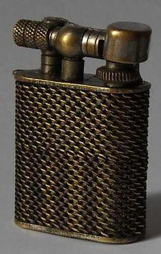 Antiguo Y Curioso Encendedor Dunhill