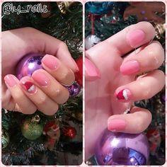 My first Christmas nail art! Silly, but I like it ;) Minha primeira nail art com tema natalino! Bobo, mas eu gostei ;)